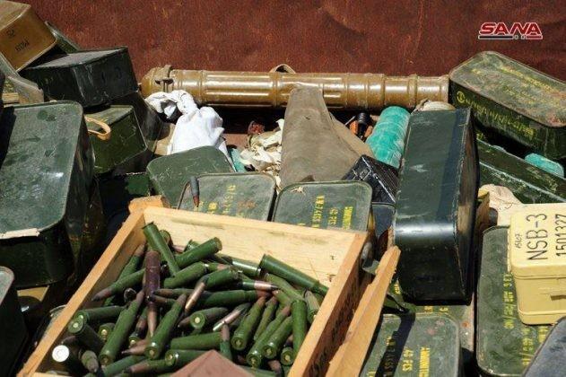 Quân đội Syria chiếm lượng vũ khí khổng lồ của IS tại chiến địa Daraa ảnh 9