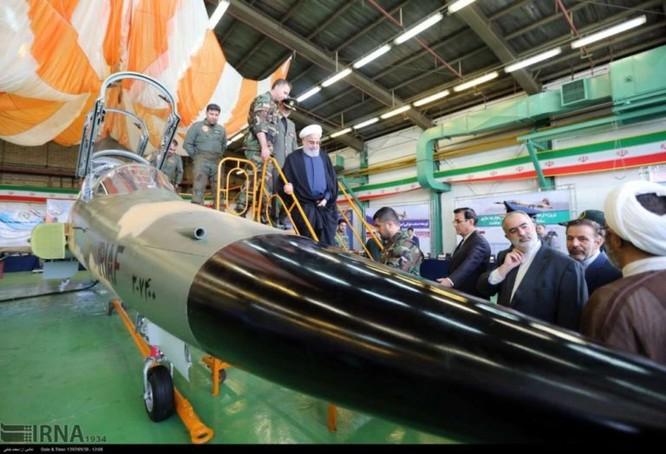 Ngạc nhiên Iran trình làng máy bay tiêm kích sản xuất trong nước ảnh 3