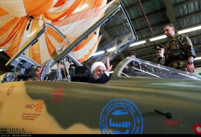 Ngạc nhiên Iran trình làng máy bay tiêm kích sản xuất trong nước ảnh 5
