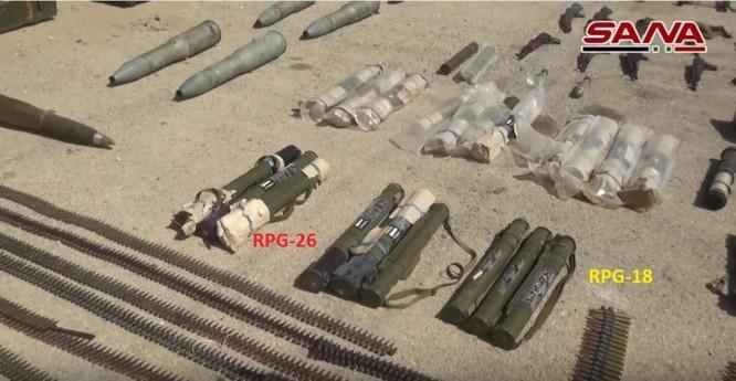 Quân đội Syria chiếm lượng vũ khí lớn của khủng bố tại tử địa Deir Ezzor ảnh 3