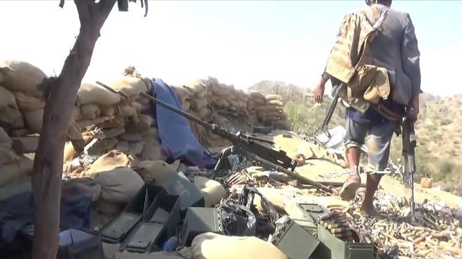 Chiến binh Houthi tập kích chiếm tên lửa chống tăng hiện đại nhất của Ả rập Xê-út ảnh 9