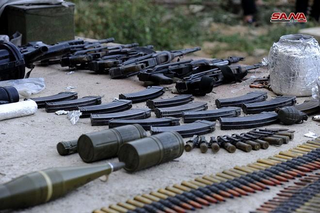 Quân đội Syria chiếm kho vũ khí bí mật của phiến quân Al-Qaeda gần Damascus ảnh 6
