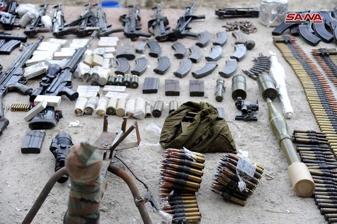 Quân đội Syria chiếm kho vũ khí bí mật của phiến quân Al-Qaeda gần Damascus ảnh 13