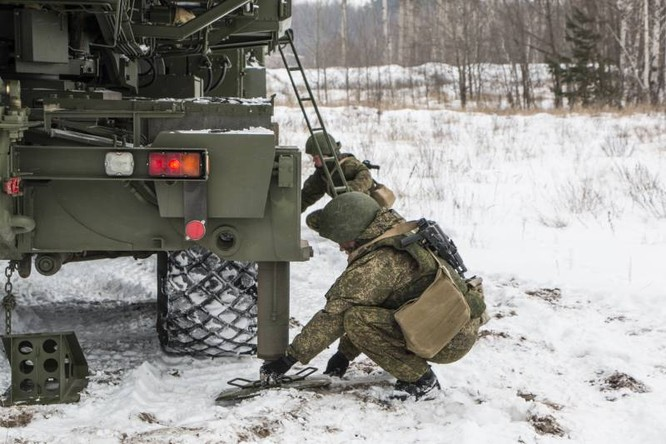 Nga có vũ khí tác chiến điện từ chuyên chế áp máy bay cảnh báo sớm từ khoảng cách 400 km ảnh 3