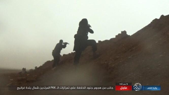 IS thắng - Lực lượng SDF mất hàng chục chiến binh tại Deir Ezzor ảnh 11