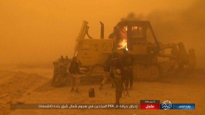 Lực lượng Dân chủ Syria lại thảm bại trước IS, hàng chục chiến binh thiệt mạng ảnh 7