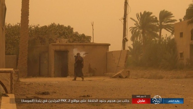 Lực lượng Dân chủ Syria lại thảm bại trước IS, hàng chục chiến binh thiệt mạng ảnh 11