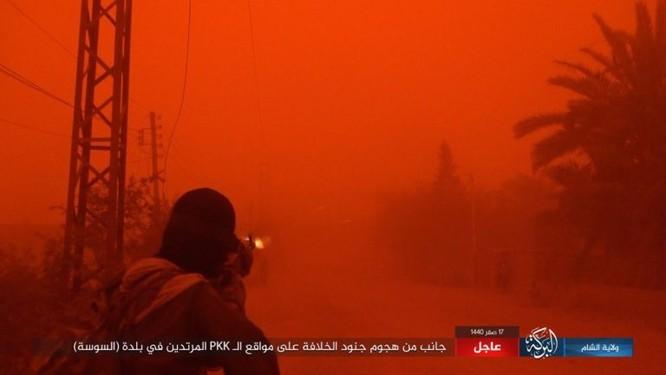 Lực lượng Dân chủ Syria lại thảm bại trước IS, hàng chục chiến binh thiệt mạng ảnh 12