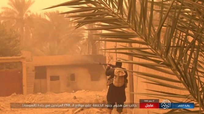 Lực lượng Dân chủ Syria lại thảm bại trước IS, hàng chục chiến binh thiệt mạng ảnh 13