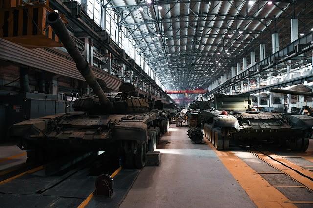 Những chiếc tăng T-90S Việt Nam đã xuất hiện trên thao trường Nga ảnh 9