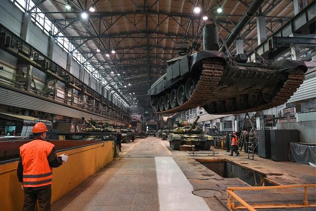 Những chiếc tăng T-90S Việt Nam đã xuất hiện trên thao trường Nga ảnh 14