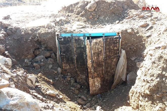 Syria phát hiện hàng trăm mìn chống tăng của khủng bố ở Quneitra ảnh 3