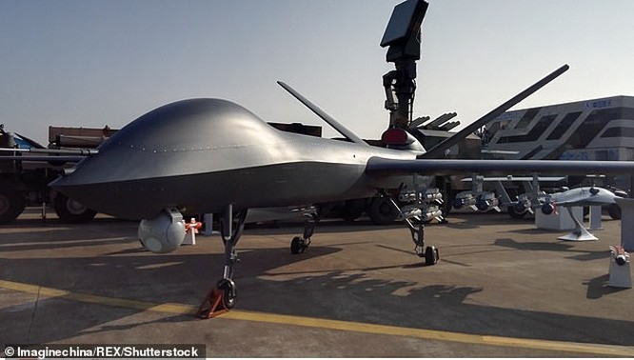 Trung Quốc quảng bá UAV sát thủ CH-5 trang bị tên lửa không đối đất ảnh 1