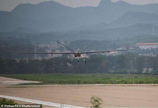 Trung Quốc quảng bá UAV sát thủ CH-5 trang bị tên lửa không đối đất ảnh 4