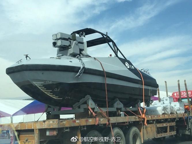 Lộ ảnh 3 vũ khí mới của Trung Quốc trước triển lãm Hàng không Chu Hải ảnh 3