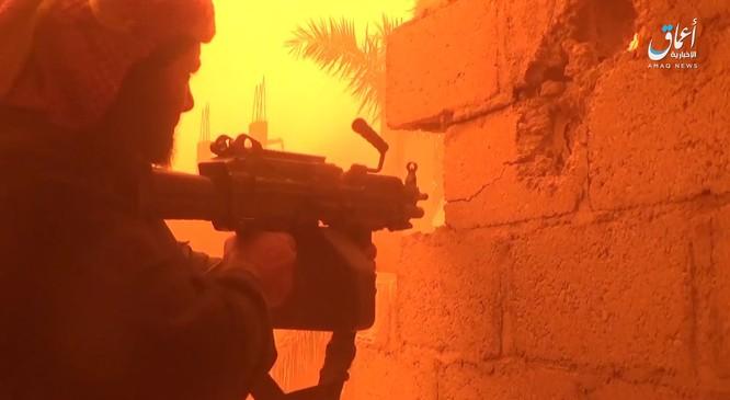 Chiến tranh Syria năm thứ 8, IS và Thổ Nhĩ Kỳ đồng loạt tấn công người Kurd. ảnh 1