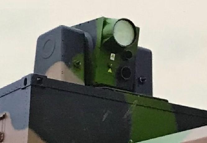 Trung Quốc trưng bày vũ khí laser hạ máy bay tầm bắn 25km ảnh 2
