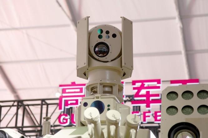 """Phương Tây chê xe yểm trợ Trung Quốc """"tua tủa"""" vũ khí ảnh 4"""