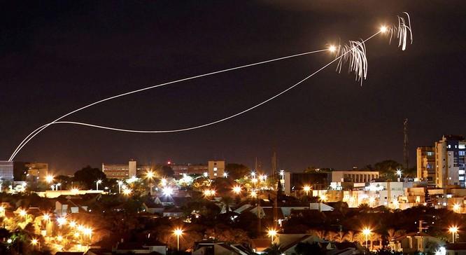 """Hệ thống """"Vòm Sắt"""" khó có thể đối phó với tên lửa tự chế Palestine, nếu chiến tranh tương lai xảy ra ảnh 1"""