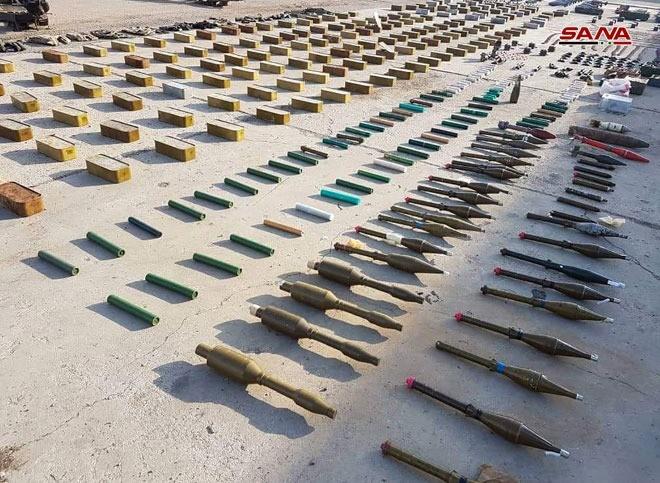 """Quân đội Syria lại phát hiện 2 kho vũ khí lớn của quân """"nổi dậy"""" ở Homs và Quneitra ảnh 2"""