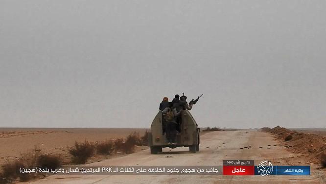 Dân quân người Kurd tuyên bố chiến thắng ảo, nhưng tổn thất nặng nề ở Deir Ezzor ảnh 5