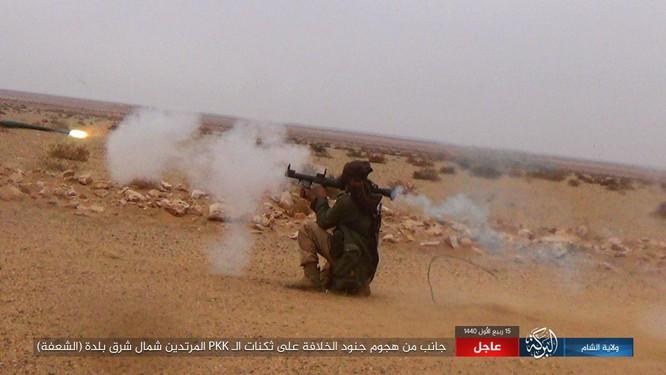 Dân quân người Kurd tuyên bố chiến thắng ảo, nhưng tổn thất nặng nề ở Deir Ezzor ảnh 24