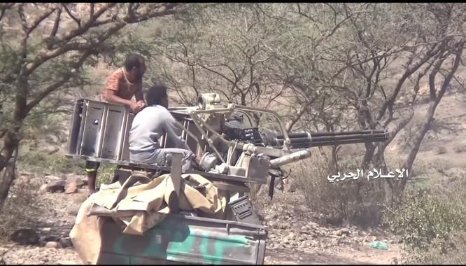 """Houthi sử dụng tổ hợp tên lửa chống tăng """"Metis"""" hủy diệt xe tăng Mỹ М60 ở Yemen ảnh 5"""