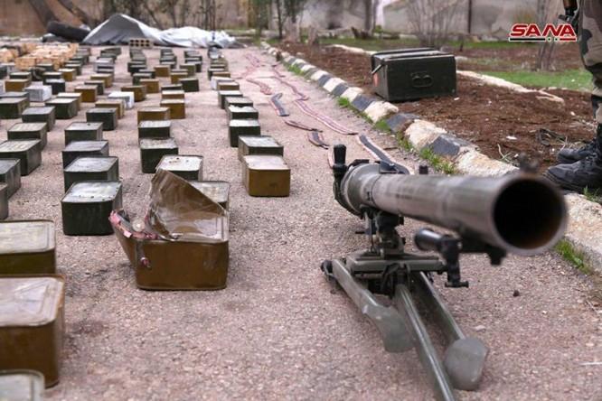"""Quân đội Syria phát hiện hàng chục đầu đạn tên lửa S-75 và S-125 của """"quân nổi dậy"""" ở Daraa ảnh 2"""