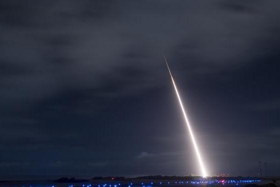 Mỹ, Nhật thử thành công tên lửa SM-3 phóng từ mặt đất đối phó Bắc Triều Tiên, Trung Quốc ảnh 3