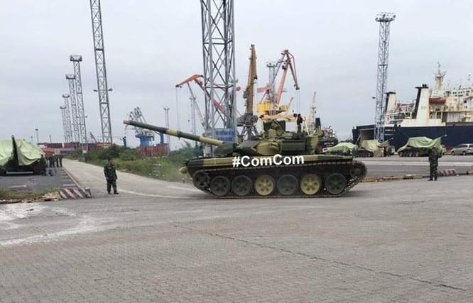 Việt Nam nhận lô xe tăng T-90S đầu tiên ảnh 1