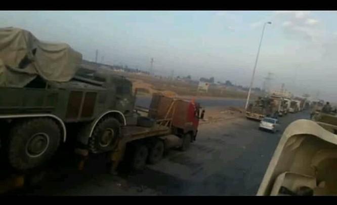 Quyết tiêu diệt khủng bố, quân đội Syria điều động pháo phản lực hạng nặng Uragan tới Idlib ảnh 3