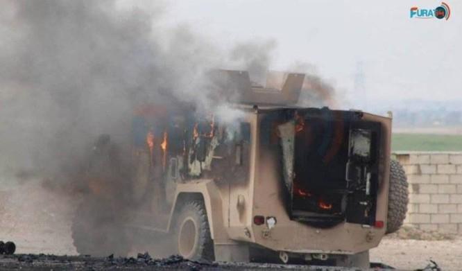 IS tấn công liên minh quân sự quốc tế, 2 binh sĩ Mỹ bị thương, 5 chiến binh người Kurd thiệt mạng ảnh 3