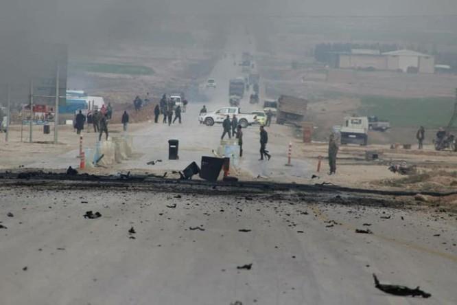 IS tấn công liên minh quân sự quốc tế, 2 binh sĩ Mỹ bị thương, 5 chiến binh người Kurd thiệt mạng ảnh 4