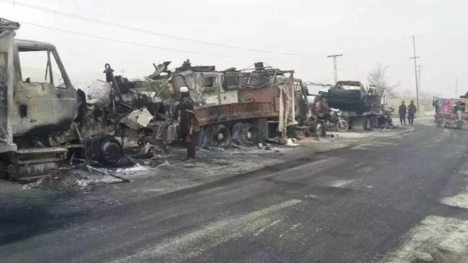 Taliban sát hại hàng trăm quân nhân Kabul, Mỹ bất lực hoàn toàn ảnh 1