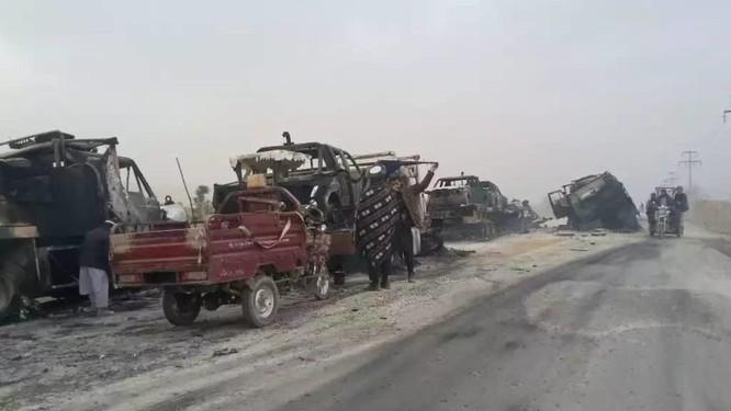 Taliban sát hại hàng trăm quân nhân Kabul, Mỹ bất lực hoàn toàn ảnh 4