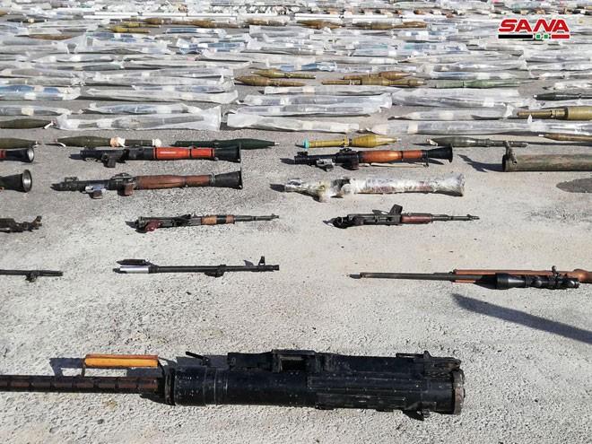An ninh quân đội Syria lại thu giữ nhiều vũ khí chôn giấu của các nhóm thánh chiến ở Damascus ảnh 2