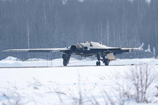Máy bay không người lái Okhotnik gây khó khăn cho không quân Mỹ trong tương lai ảnh 3