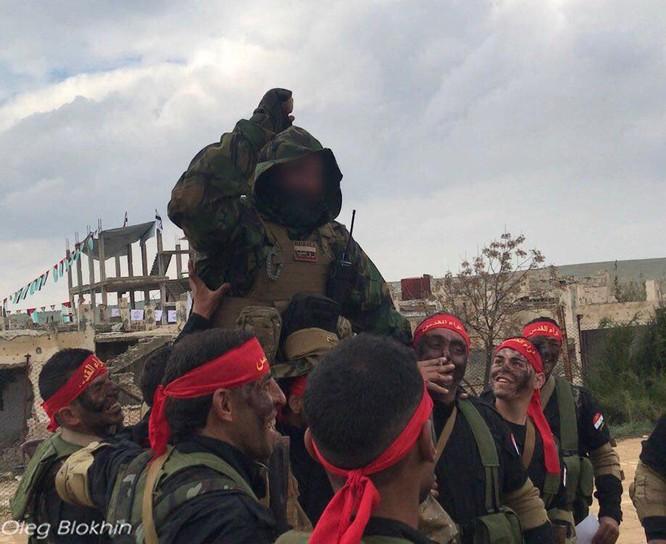 Quân tình nguyện Palestine kết thúc khóa huấn luyện với lính đánh thuê Nga ảnh 1