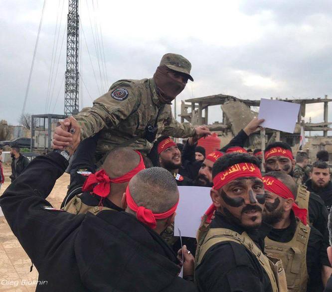 Quân tình nguyện Palestine kết thúc khóa huấn luyện với lính đánh thuê Nga ảnh 2