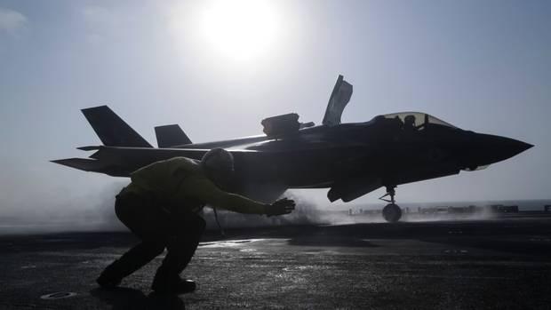Răn đe Trung Quốc, thủy quân lục chiến Mỹ thực hành chiếm đảo ảnh 1