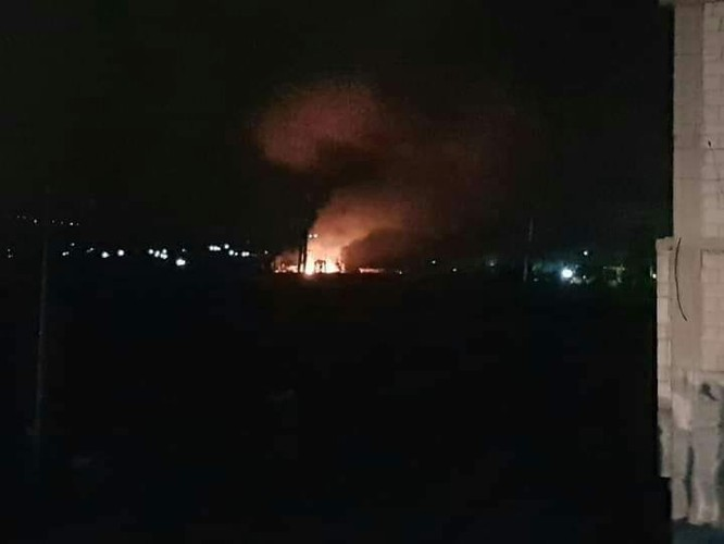 Israel bất ngờ không kích ở Hama, 3 binh sĩ Syria bị thương ảnh 3