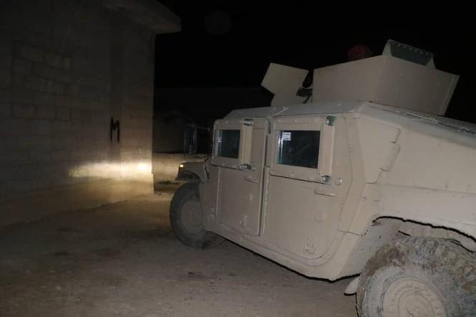 An ninh người Kurd cùng Liên minh quân sự Mỹ truy quét tàn binh IS ở Deir Ezzor ảnh 1