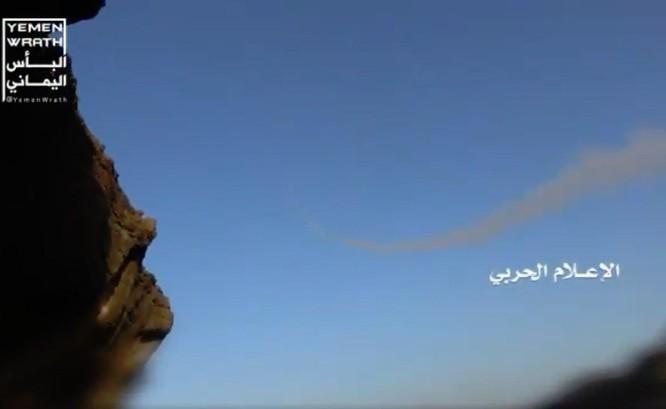 Houthi đánh bại cuộc tấn công của Liên minh Ả rập Xê-út, bắn rơi UAV Trung Quốc ảnh 1