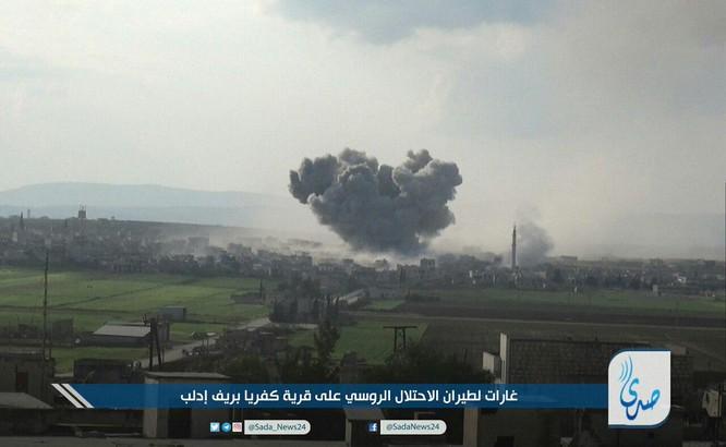 Không quân Nga không kích phá hủy kho vũ khí của khủng bố ở Idlib ảnh 1