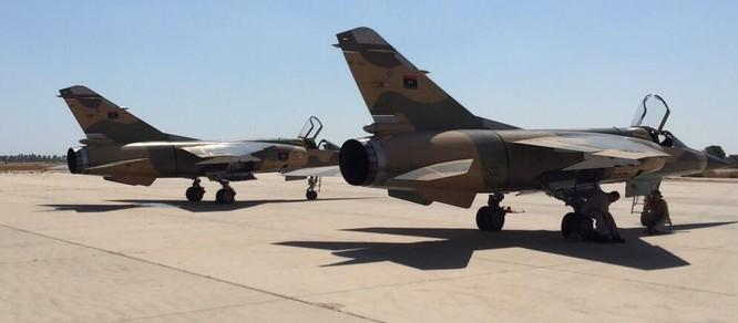 Nghi vấn phòng không Quân đội Libya bắn hạ máy bay của chính mình ảnh 2