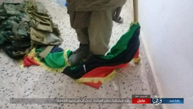 IS bất ngờ tấn công Quân đội Quốc gia (LNA) ảnh 2