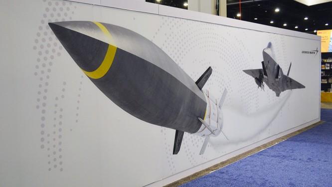 Mỹ chạy đua với Nga, thúc đẩy phát triển tên lửa siêu âm chống hạm ảnh 2