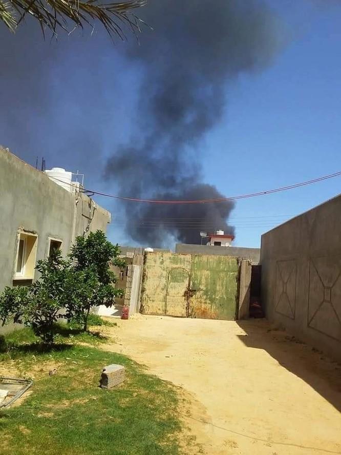 Không quân đồng minh Quân đội quốc gia Libya không kích dữ dội Tripoli ảnh 1