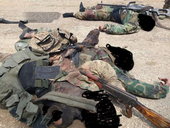 Cuộc phản công thất bại của quân thánh chiến khiến 50 tay súng thiệt mạng, hàng chục phần tử Al-Qaeda bị bắt tù binh ảnh 1