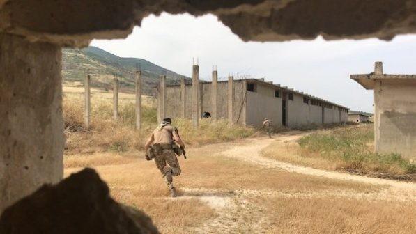 Quân nhân Nga tham chiến trên chiến trường tây nam Idlib, Syria ảnh 1
